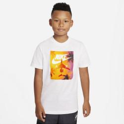 NIKE SPORTSWEAR T-shirt...